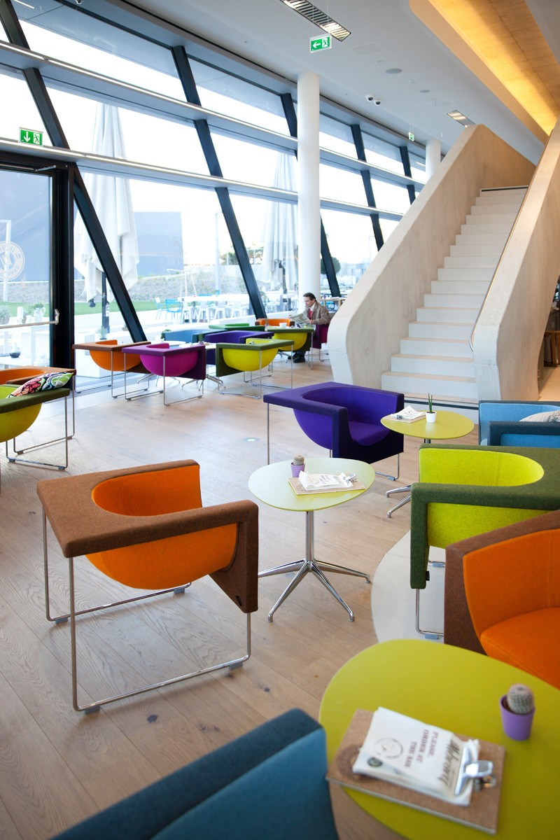 colorful-furniture_020315_05
