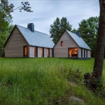 Contemporized Classic Vermont Cottages