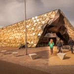 A New A Cave-Like Building For Dutch Gold Dealers