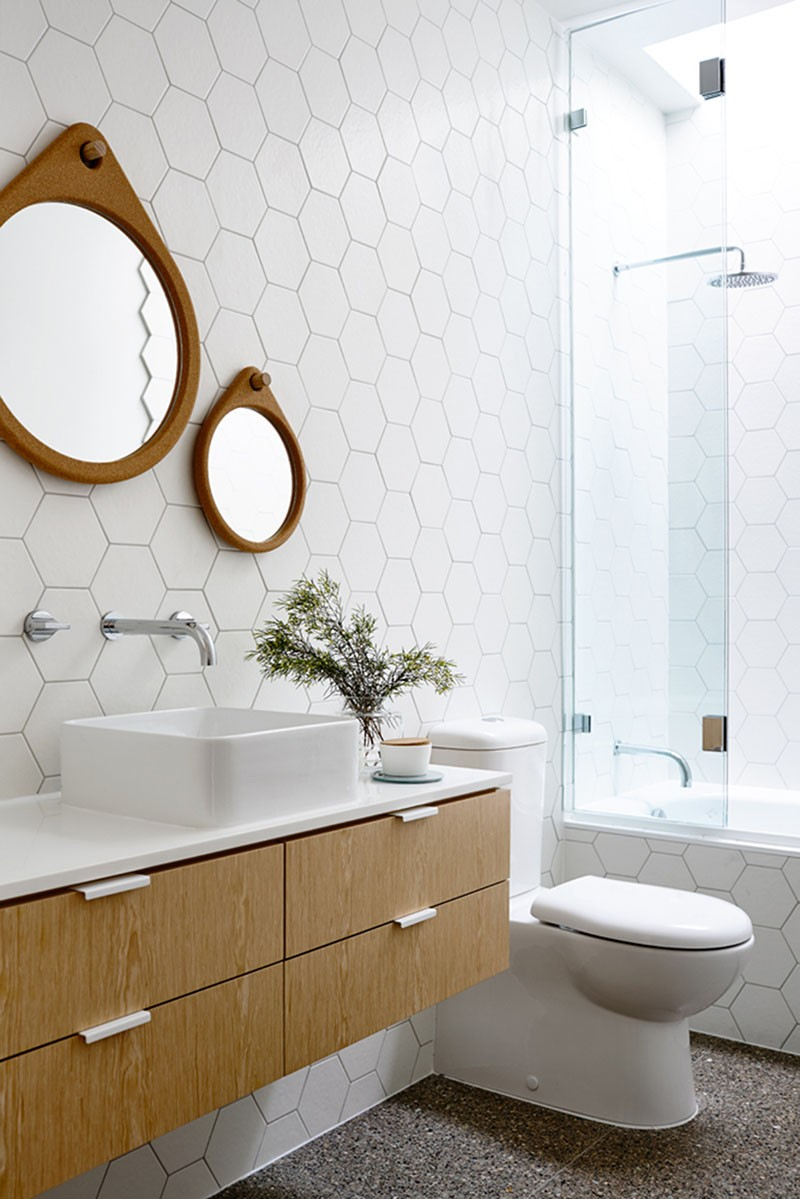 design detail: hexagonal tiles on a bathroom wall | contemporist