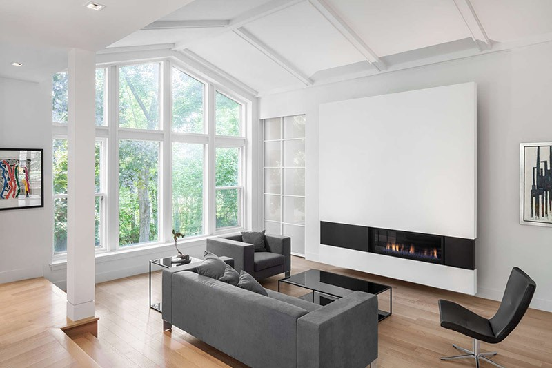 Design Detail – A Modern Minimalist Fireplace Surround