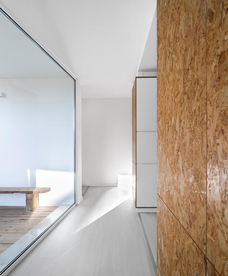 modern-house-portugal_030315_10