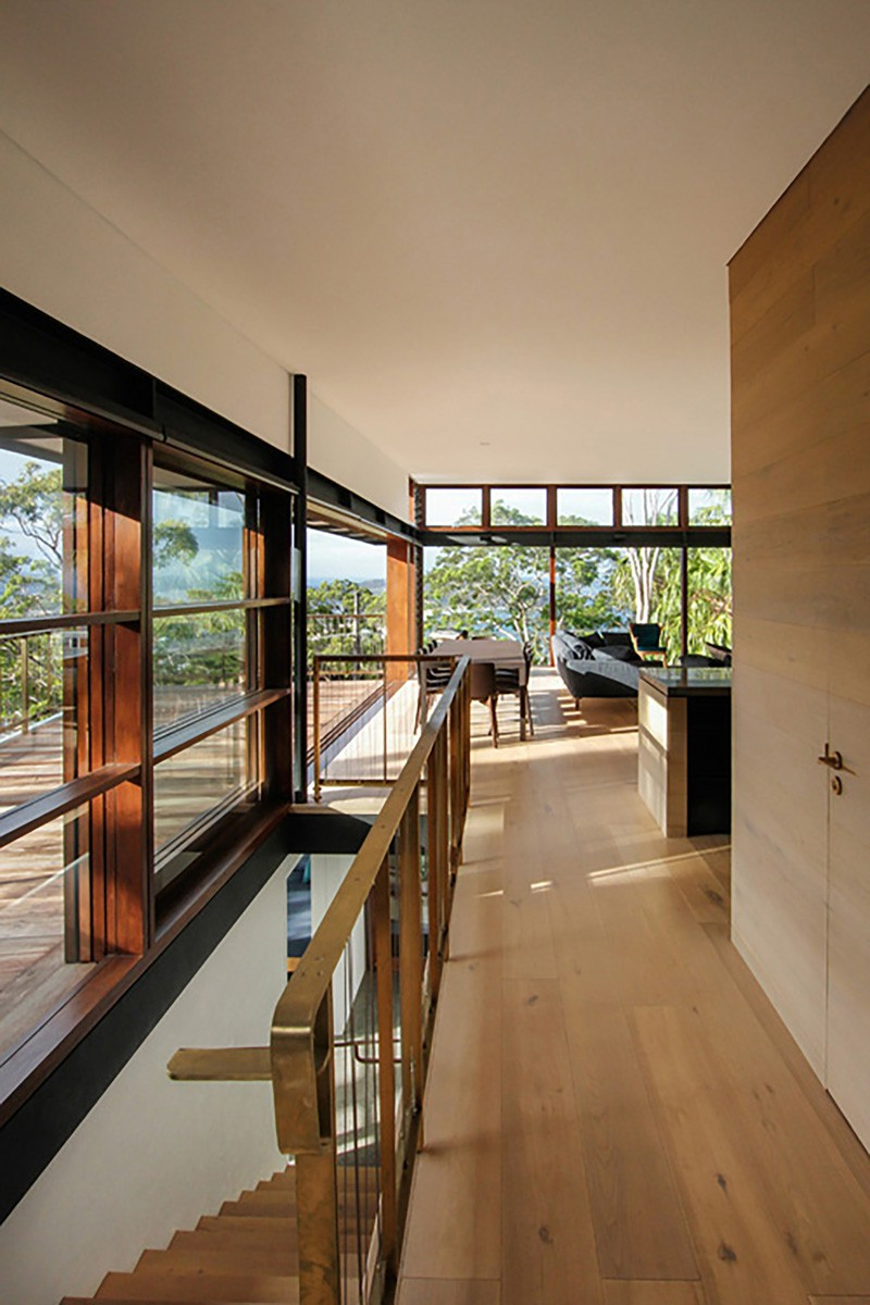Pacific House by Casey Brown Architecture