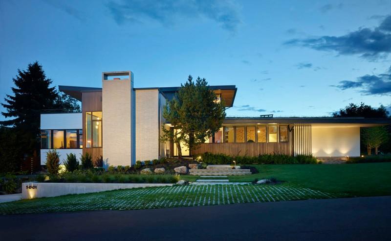 Sunrise Vista House by Lane Williams Architects