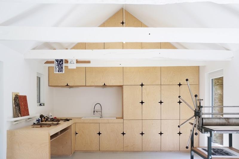 Artist Studio by Modal Architecture