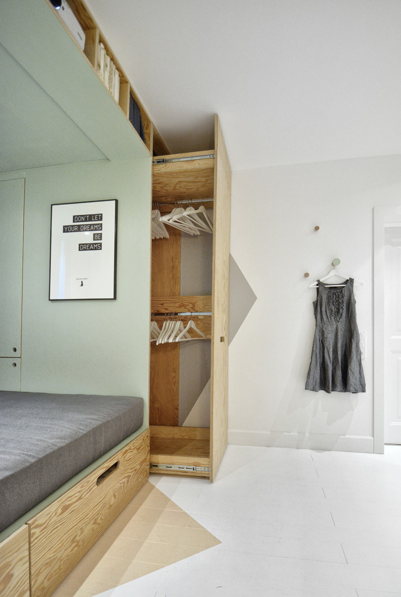 This Teenagers Bedroom Has A BuiltIn Bed And Storage For Almost - The natural bedroom