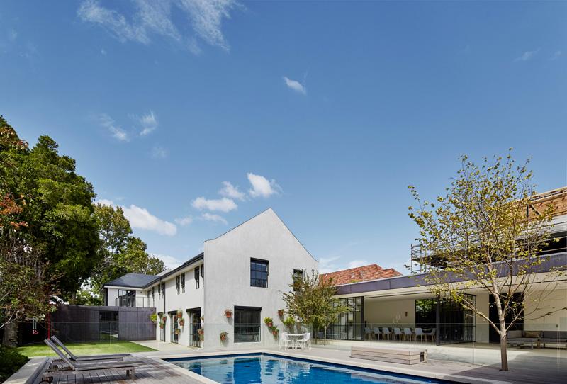 Hopetoun Road Residence By b.e architecture
