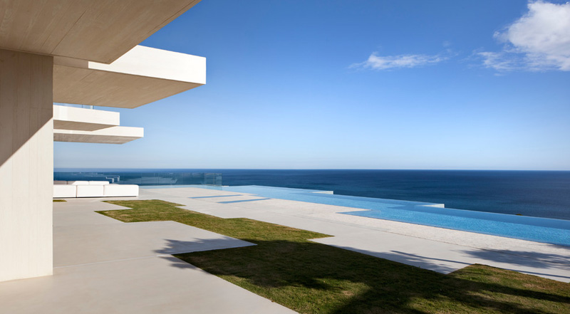 Sardinera House by Ramon Esteve Estudio