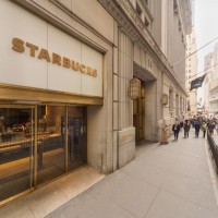 Starbucks Opens Its First Express Format Store On Wall Street