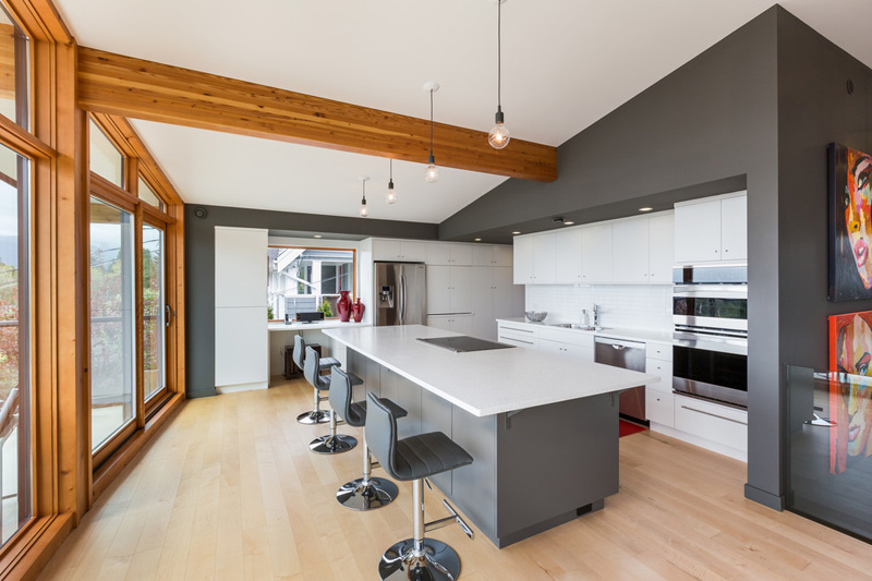 A Mid-Century Modern Home In Vancouver Gets An Update | CONTEMPORIST