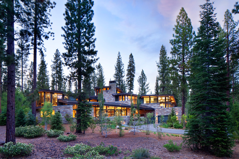 Valhalla Residence By RKD Architects
