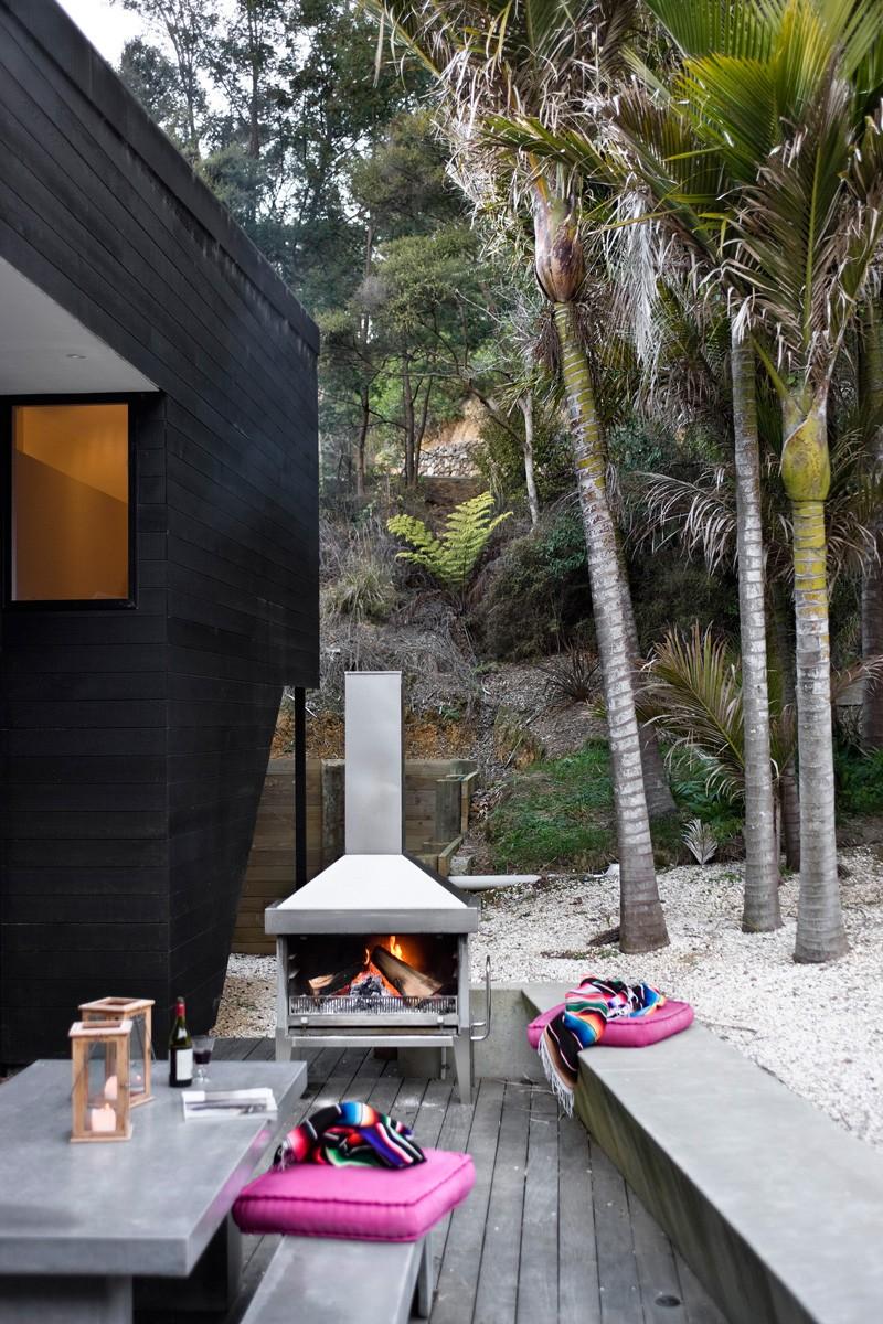 Waikopua Residence by Daniel Marshall Architects