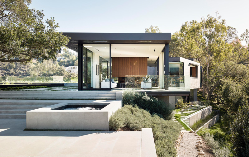 Oak Pass Main House By Walker Workshop