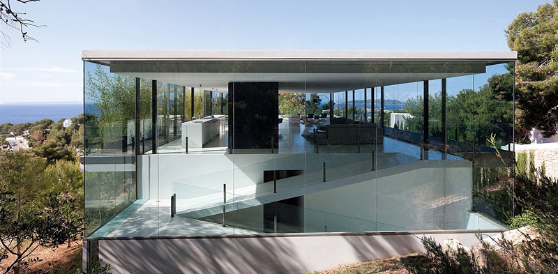 This See-Through House Has Sea Views