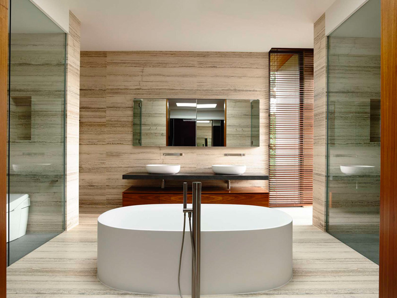 7 Bathrooms With Freestanding Bathtubs