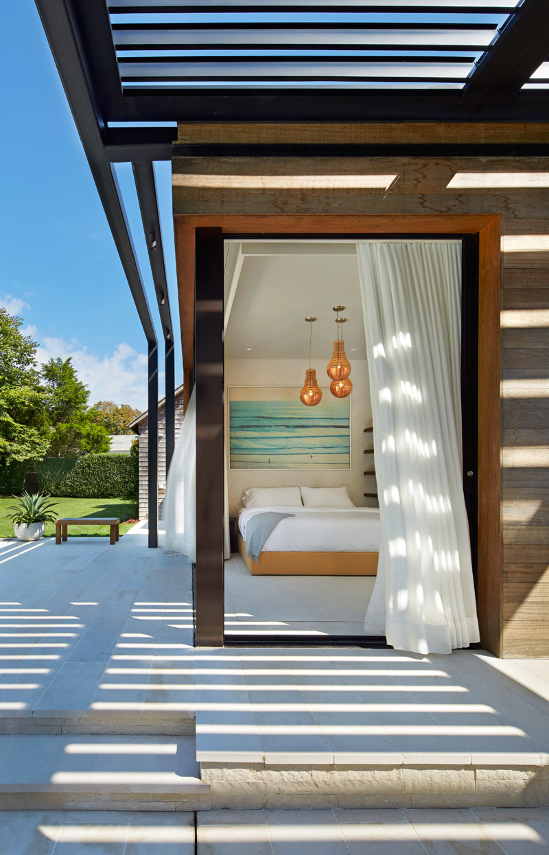A contemporary pool house in the hamptons contemporist - Modern house with pool ...