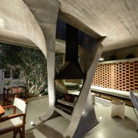 One Column House By NE-AR