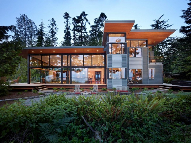 This Pacific Northwest House Is Located On A Wooded