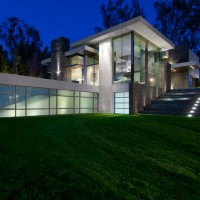 Summit House by Whipple Russell Architects