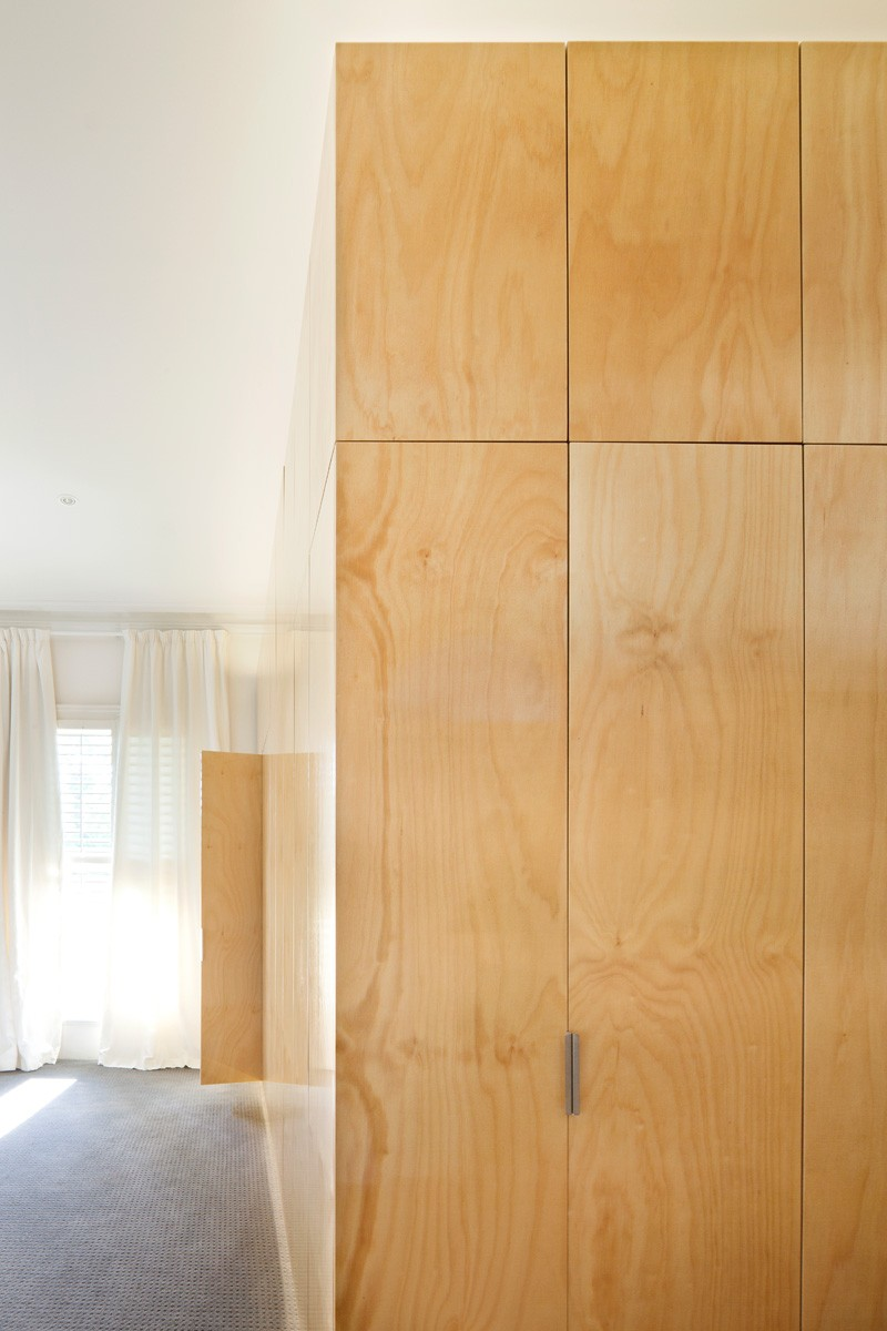 East Melbourne House By Nic Owen Architects
