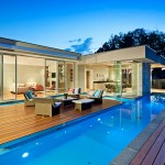 Design Detail – A Floating Island Deck In A Swimming Pool