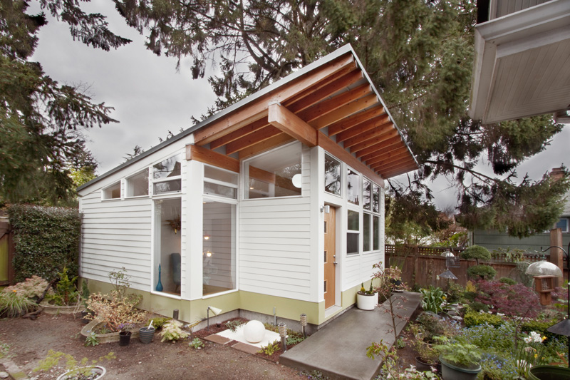 Orchid Studio By First Lamp - This Backyard Studio In Seattle Was Designed For Art And Orchids