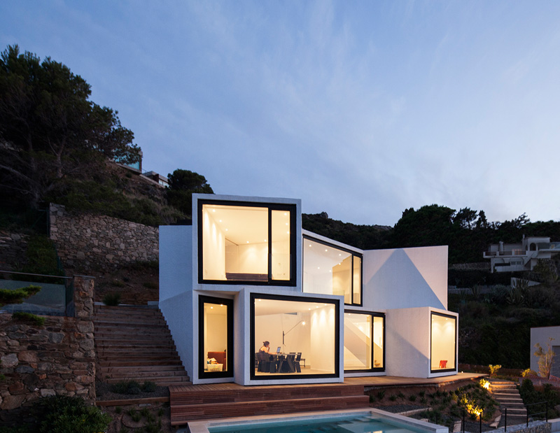 Sunflower House by Cadaval & Solà-Morales