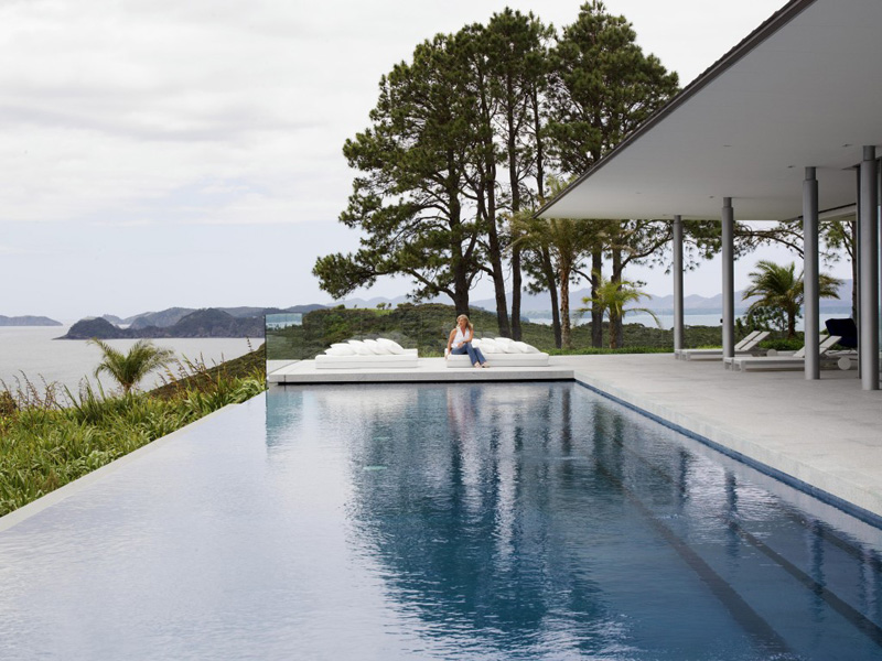 9 Examples Of Infinity Edge Swimming Pools