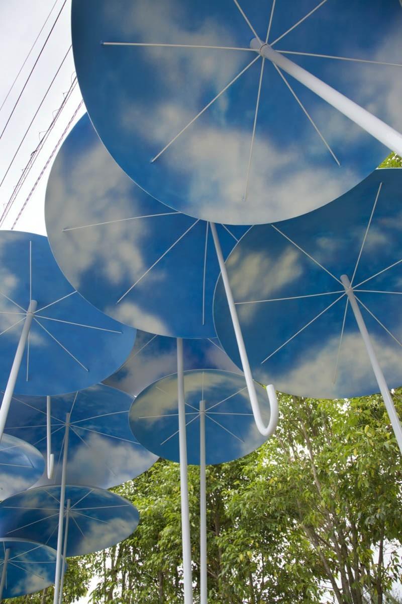 umbrella-bus-stop_030615_05