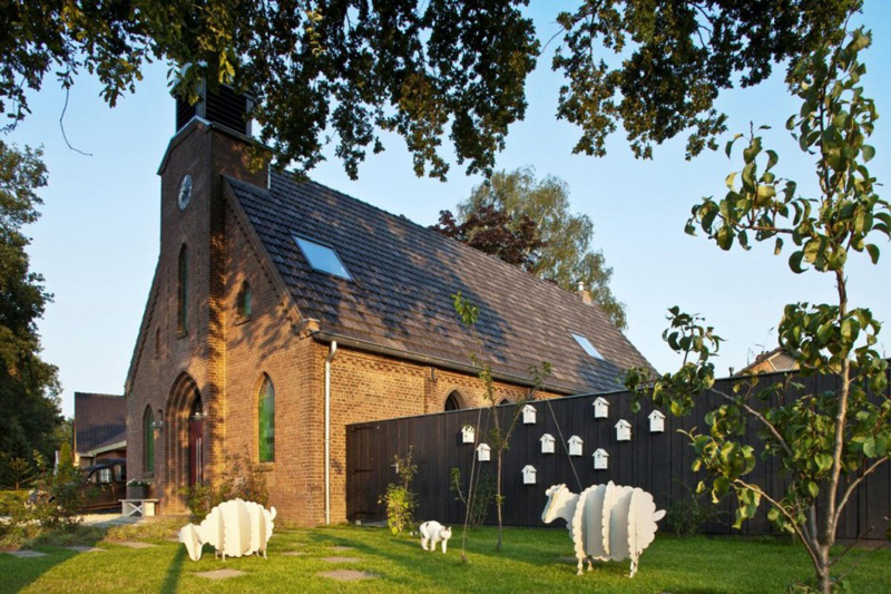 God's Loftstory by Leijh, Kappelhof, Seckel, van den Dobbelsteen Architects