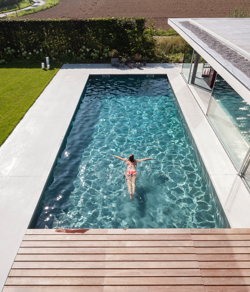 F20 Pool House By Lieven Dejaeghere