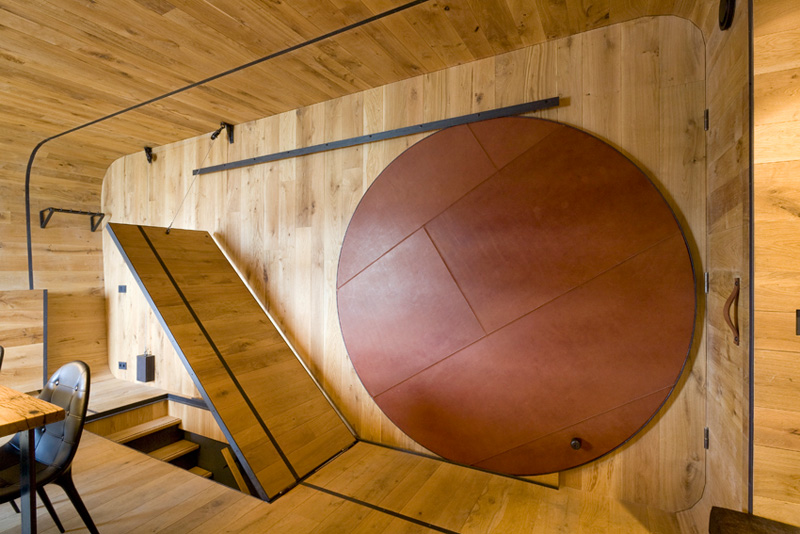 BOTEL Letters by MMX architecten