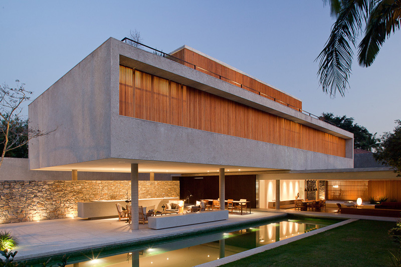 Vote Now – Which Concrete House Would You Like To Live In?