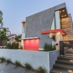 Angular Lines Are A Theme Throughout This House In Los Angeles