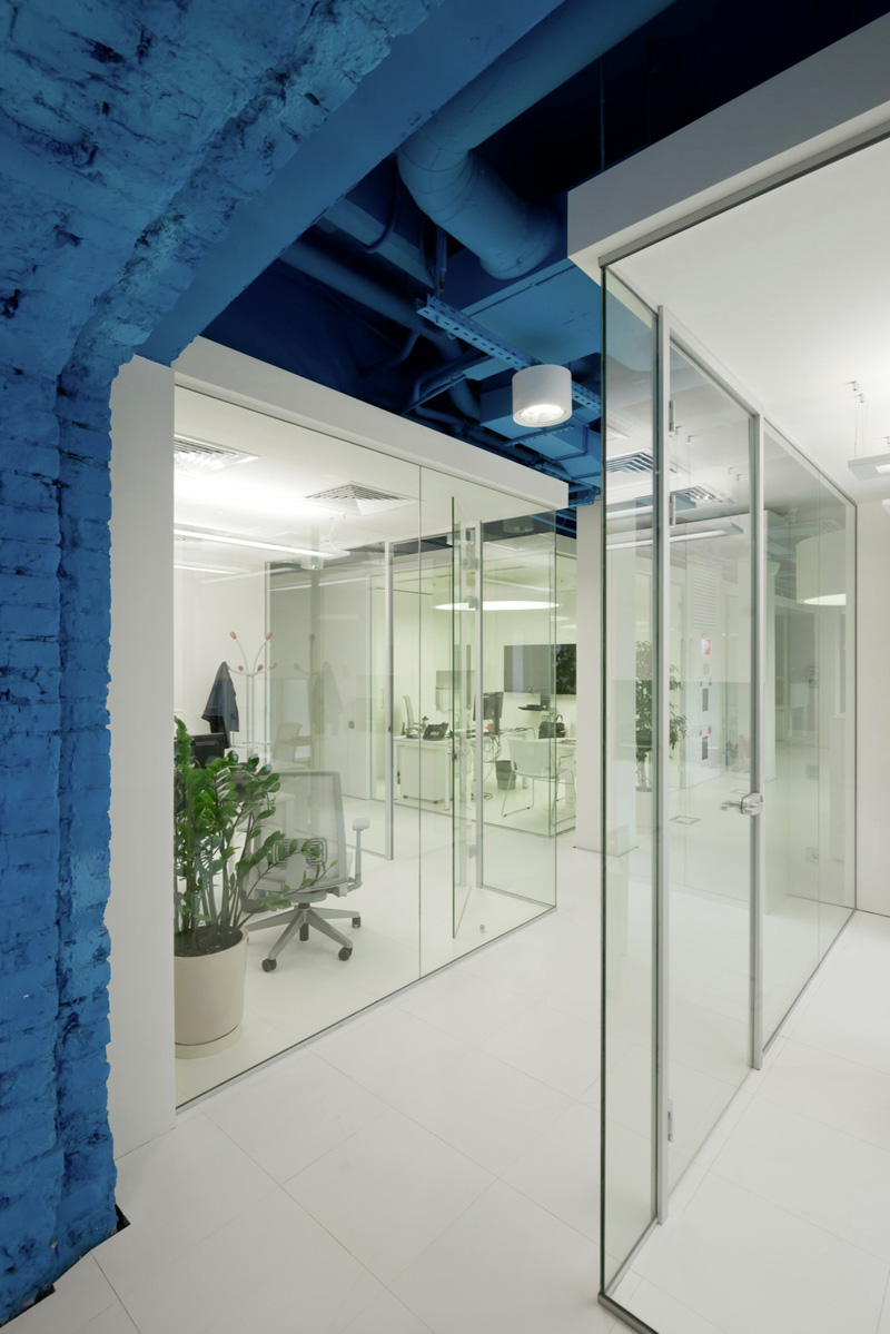 OPTIMEDIA Media Agency Office by Nefa Architects