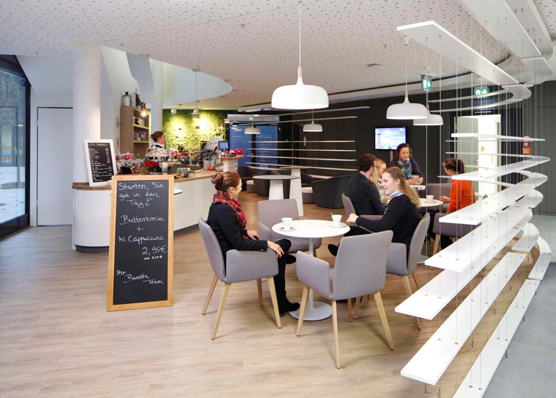 easyCredit Office Interior by Evolution Design