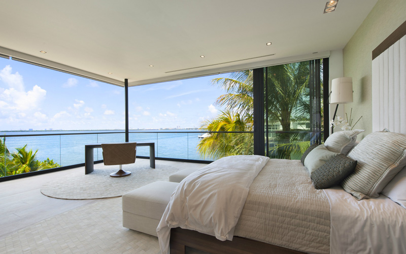 House In Miami Beach By Bosch Construction