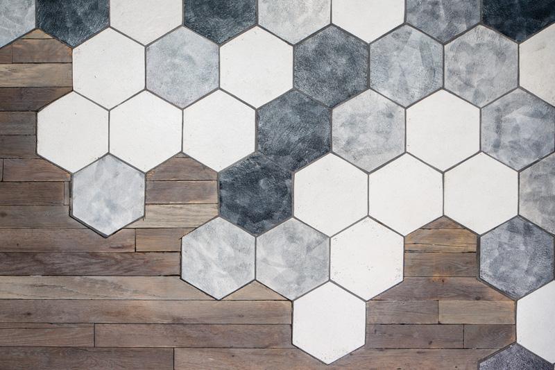 When Hexagonal Tiles Meet Wood