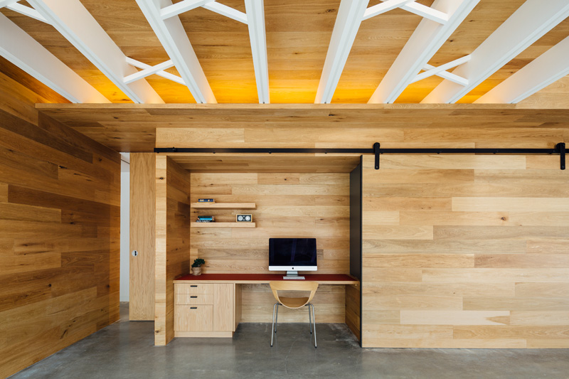 Design Detail: Sliding Door Hides Home Office