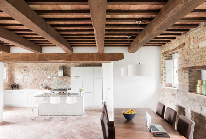 an old building in tuscany gets a contemporary interior | contemporist