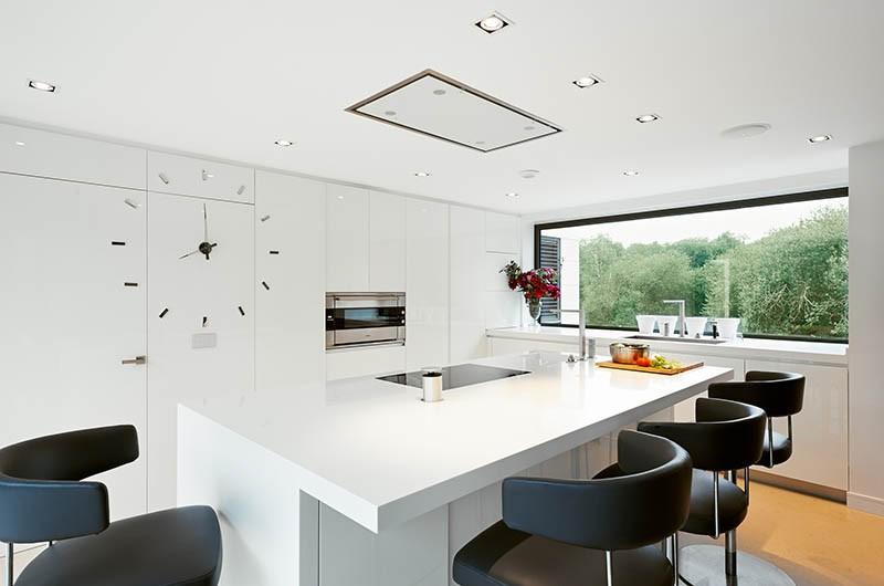 13 Examples Of White Kitchens