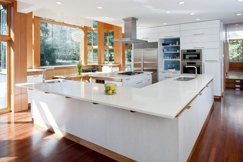 13 Examples Of White Kitchens