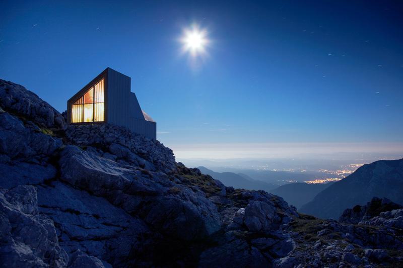 Alpine Shelter Skuta by OFIS architects and AKT II