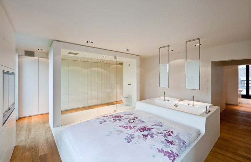 Vote Now - What Do You Think Of Bathtubs In Bedrooms?