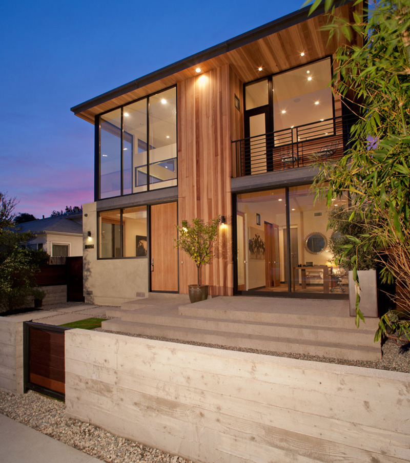 The Cloy Residence by Mayes Office