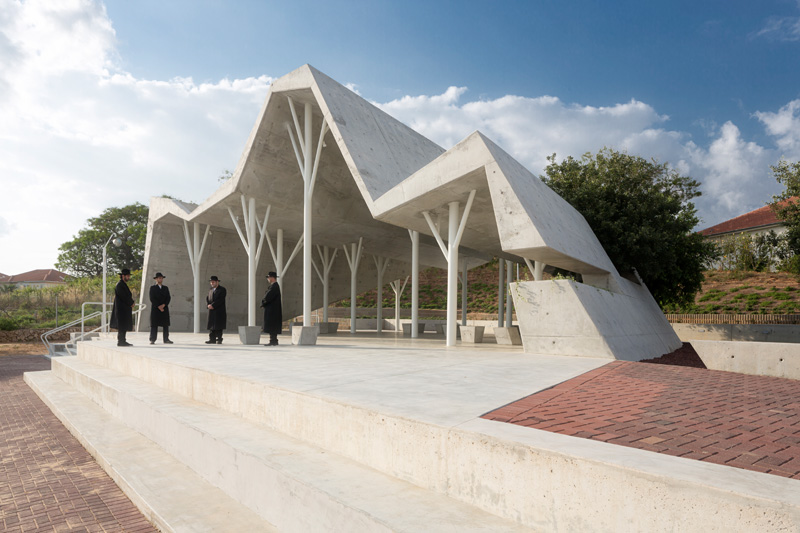 Ron Shenkin Designs A Concrete Shelter For A Cemetery
