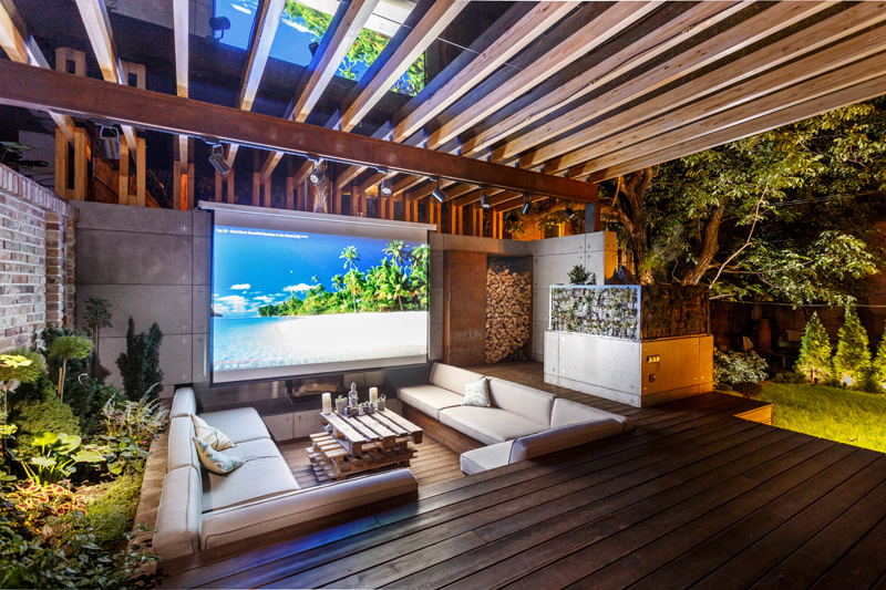 Lounge Outdoor this outdoor lounge area is like an oasis in the city contemporist