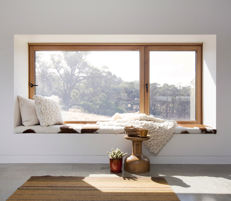 Home Design Ideas Bay Window: 7 Examples Of Windows Designed For Sitting