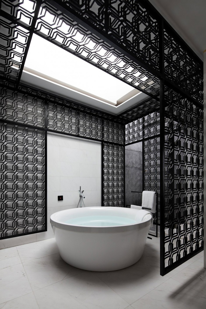 9 examples of black and white bathrooms for those who love - Carrelage cuisine blanc et noir ...