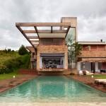 Studio Arthur Casas design a country house for a young family in Brazil